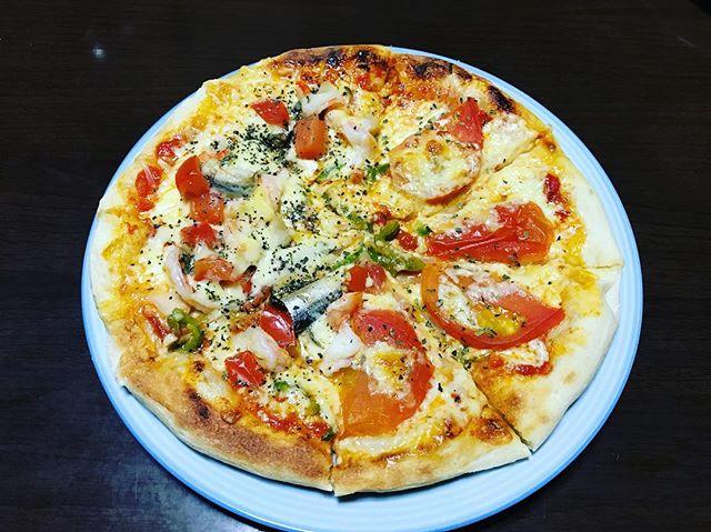 本日は、いつもの違う生地レシピを試してみましたー!良い感じかもー!#pizza #ピザ #手作りピザ